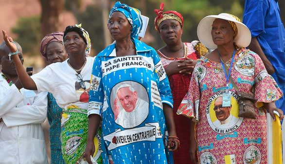 El Papa se despide de África haciendo un llamamiento al perdón