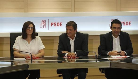 Primera reunión de la gestora del PSOE para encarar el futuro