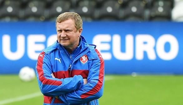 Pavel Vrba, seleccionador de la República Checa, dimite