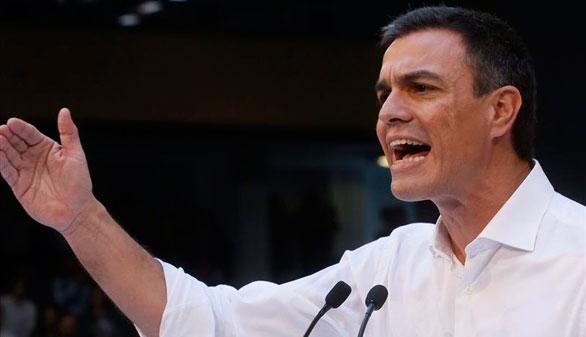 El PSOE desahucia la religión de los colegios y exige primarias por ley