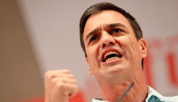 Sánchez acusa a Ciudadanos y Podemos de ir a 'dañar' al PSOE tras haber asumido que no ganarán al PP