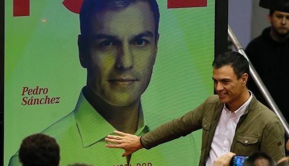 Sánchez acusa al Gobierno de manipular las encuestas del CIS