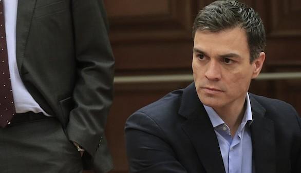 Pedro Sánchez, relegado a la quinta fila del hemiciclo