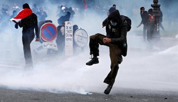 Protestas más duras por la reforma laboral en Francia