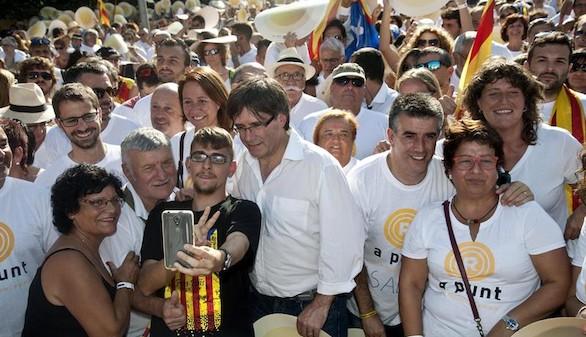 Puigdemont matiza: habrá referéndum si es