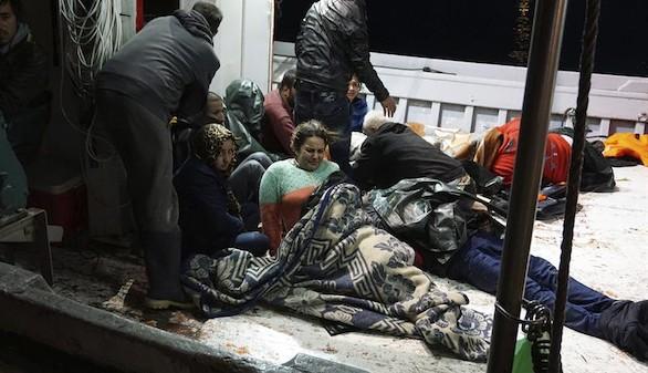 Dos nuevos naufragios en el Egeo dejan al menos 21 refugiados muertos