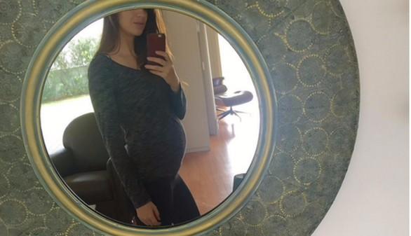 Sara Carbonero luce embarazo: