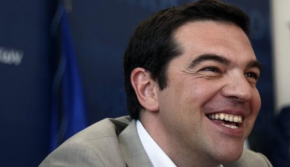IU y VOX lideran la oposición al rescate griego