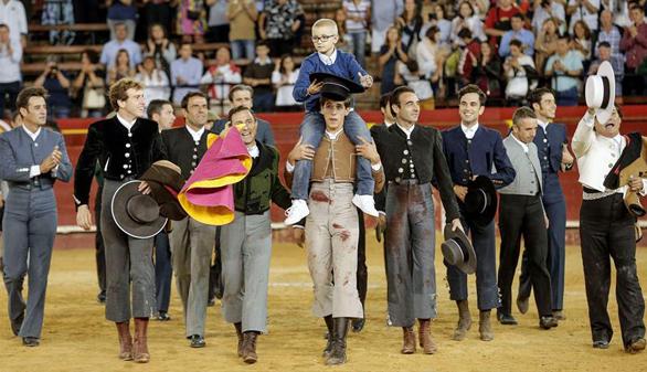 Jornada taurina: éxito en Illescas y emoción en el festival solidario de Valencia