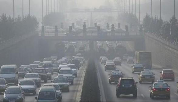 La contaminación del tráfico puede alterar la maduración cerebral de los niños