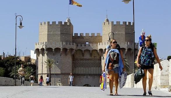 Nuevo récord de turistas en España: 32,8 millones hasta junio