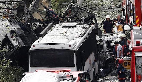 Varios heridos en una explosión en el centro de Estambul