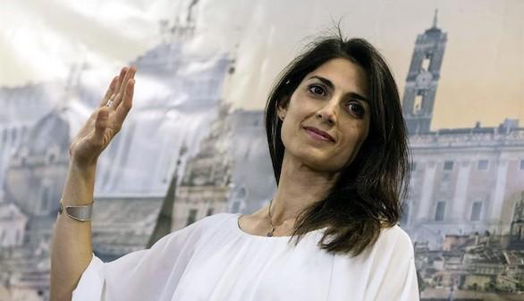 Virginia Raggi se convierte en la primera alcaldesa de Roma