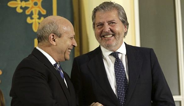 Méndez de Vigo se compromete a 'trabajar con humildad' y 'escuchando'