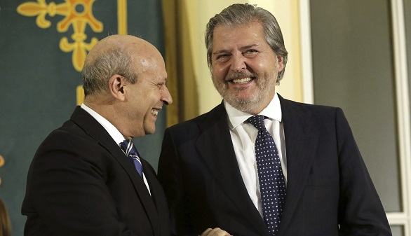 Méndez de Vigo se compromete a