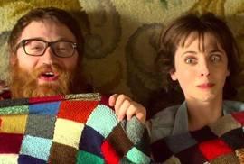 'Requisitos para ser una persona normal', protagonizada por Leticia Dolera y Manuel Burque.