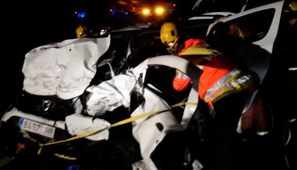 Siete fallecidos tras chocar sus vehículos en Gerona