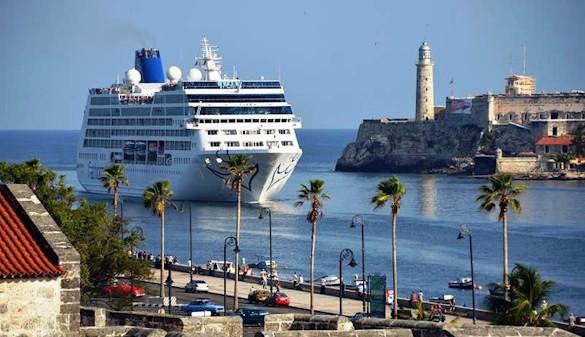 Llega a La Habana el primer crucero procedente de EEUU en más de medio siglo