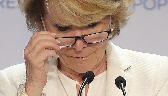Cifuentes dispuesta a pactar y Aguirre a la espera