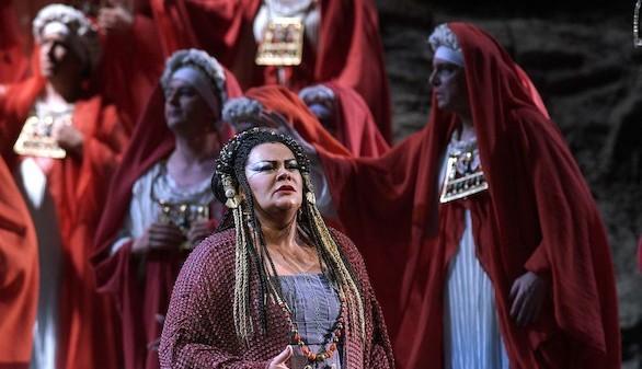Crítica de ópera. Éxito del nuevo estreno de Aida en el Teatro Real