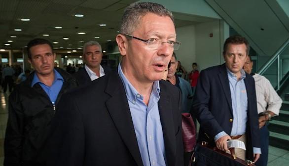Gallardón llega a Caracas para defender al opositor López
