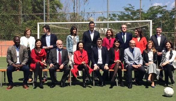 Sánchez presenta su Gobierno en la sombra