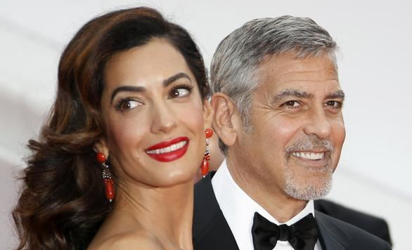 George Clooney y Amal ya son padres