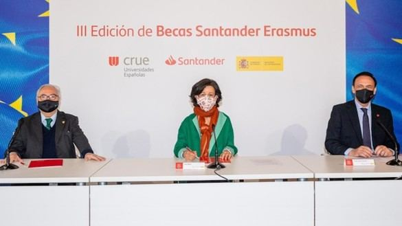 El Ministerio de Universidades, Crue y Santander lanzarán más de 2.100 Becas Santander Erasmus