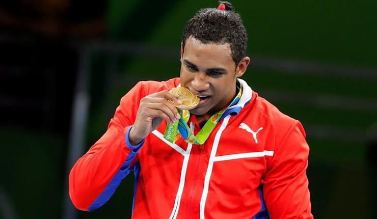 El mediano Arlén López gana la faja olímpica y da el quinto oro a Cuba