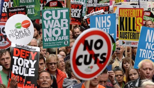 Masiva protesta en Londres contra las políticas de autoridad de Cameron