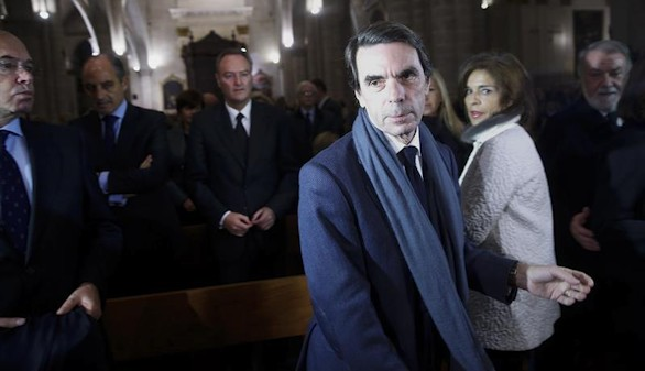 l expresidente del Gobierno José María Aznar, acompañado por su esposa Ana Botella durante la misa funeral por la exalcaldesa de Valencia Rita Barberá, oficiada por el cardenal arzobispo Antonio Cañizares, este lunes en la catedral de Valencia.