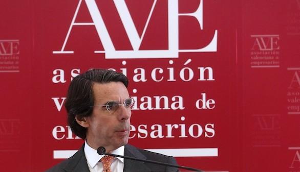 Aznar advierte a Rajoy: los pactos sin reformas perjudican la economía