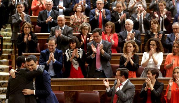 El PSOE espera que Iglesias se disculpe y haga caso a Carmena