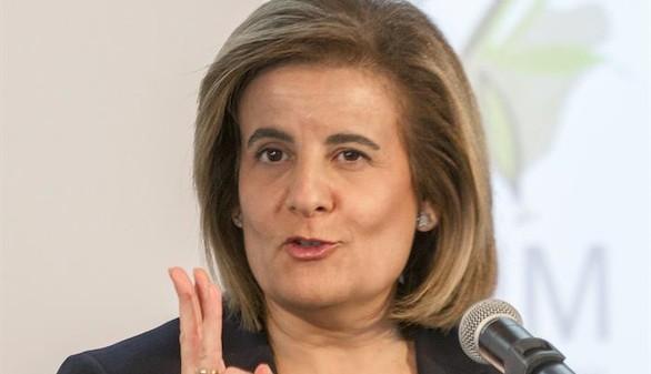 Báñez presenta una ayuda mensual para 'ninis' de 430 euros