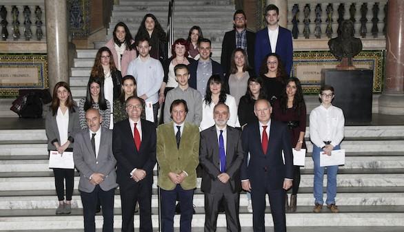 La UAB y Banco Santander entregan las Becas-Salario Ítaca para jóvenes con talento