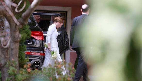 Don Juan Carlos asiste a la boda de Beltrán Gómez-Acebo