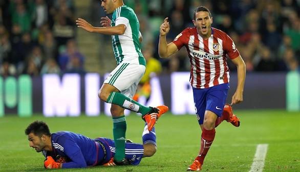 El Atlético adelanta al Madrid dominando sin rematar al Betis | 0-1