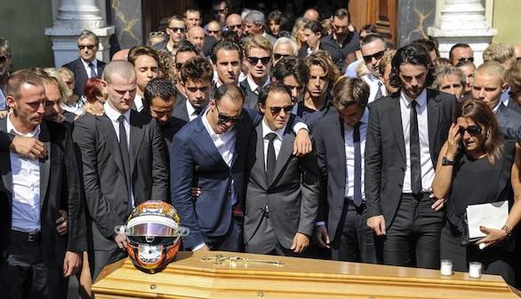 El mundo del motor da el último adiós a Jules Bianchi en Niza