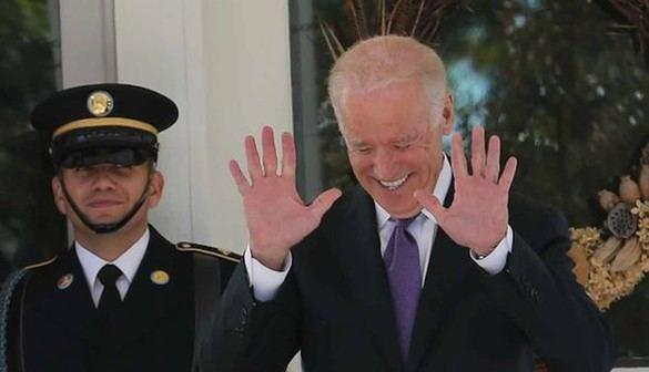 Biden renuncia a presentarse a las primeras demócratas