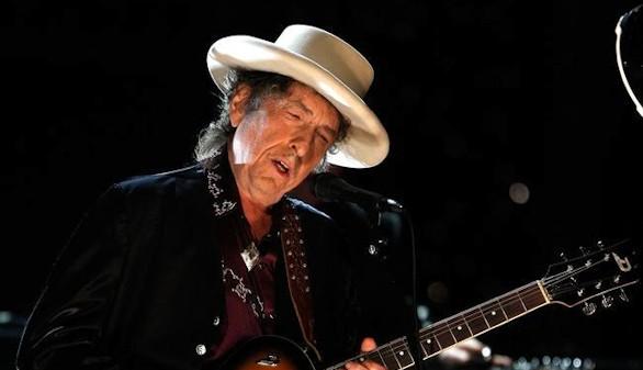 Bob Dylan contesta a la Academia Sueca: