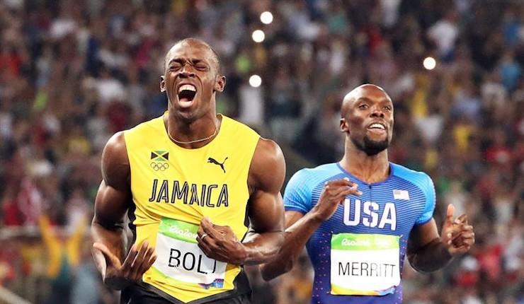 Bolt no se cansa: baño de oro también en los 200