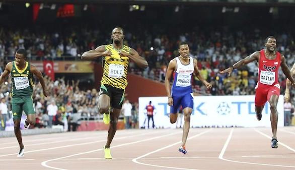 Bolt vuelve a someter a Gatlin a su tiranía de los 200 metros