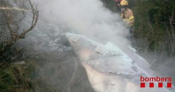 Dos muertos al estrellarse una avioneta en Toses (Gerona)