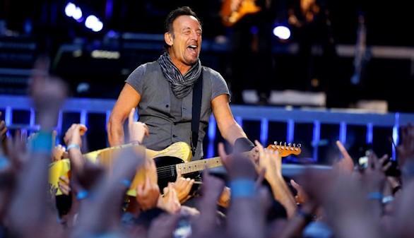 El río de Springsteen 'se desborda' en Madrid y llena el Bernabéu de rock