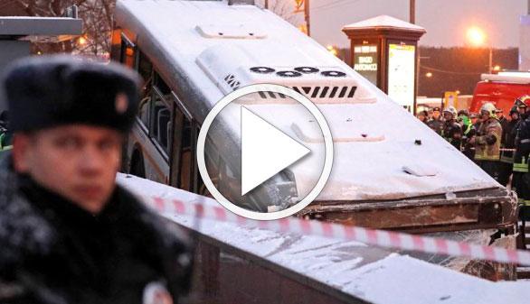 Cinco personas mueren arrolladas por un autobús en el metro de Moscú