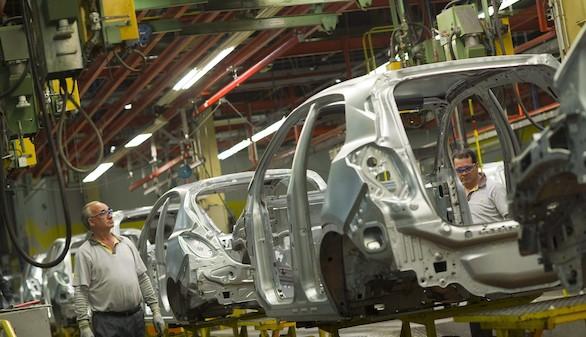 La economía consolida su crecimiento sin subida de los precios