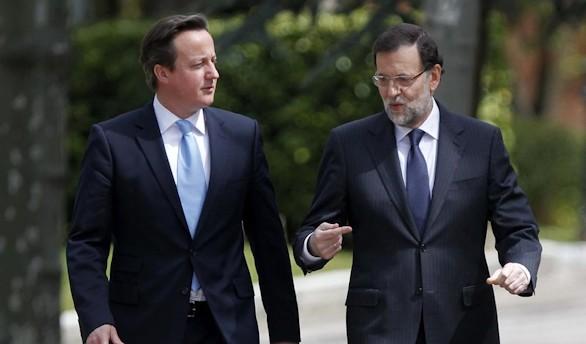 Rajoy y Cameron examinan hoy en Madrid la crisis de refugiados