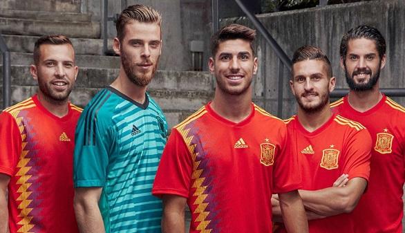 Adidas confirma que España jugará en Rusia con la camiseta