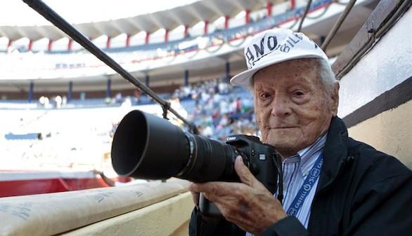 Fallece a los 103 años el histórico fotógrafo Francisco Cano