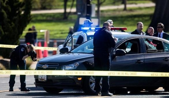 Detenida tras estrellar su coche contra la policía del Capitolio